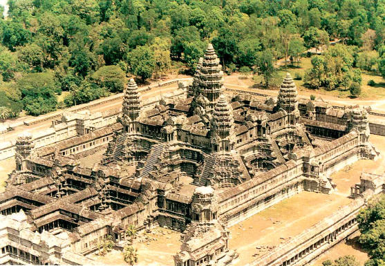 Historic buildings vi angkor wat in cambodia for Wat architecture