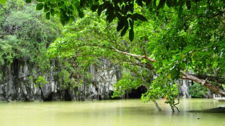 The emergence of the underground river at Palawan