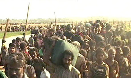 Exodus of tamil civilians held captive by the LTTE - May 2009