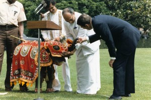 Jayewardene presents a baby elephant to American President Ronald Reagan and the American people, 1984